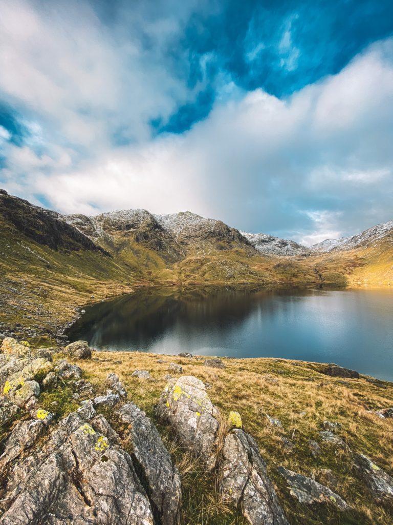 Mountain and Lake - IA Academy